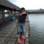 タイの釣堀ブンサムランで巨大魚を釣る