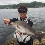 強風の五島列島でイサキやグレ釣り