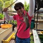 シンガポールでエビ釣り