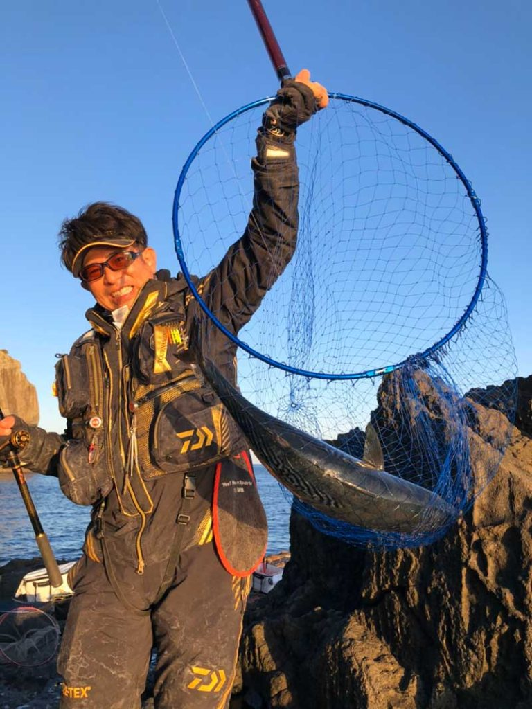 男女群島でスマを釣る